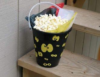 Spooky Eyeball Bucket