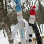 Paint Stick Snowmen