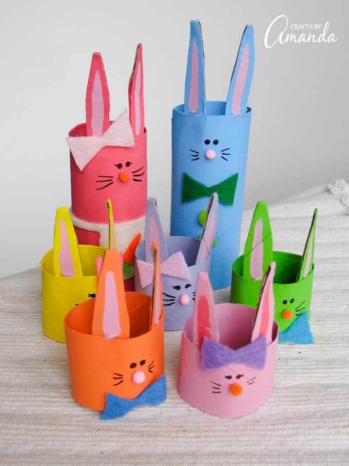 This adorable Cardboard Tube Bunny Rabbit Family is the perfect craft for kids around Easter time!