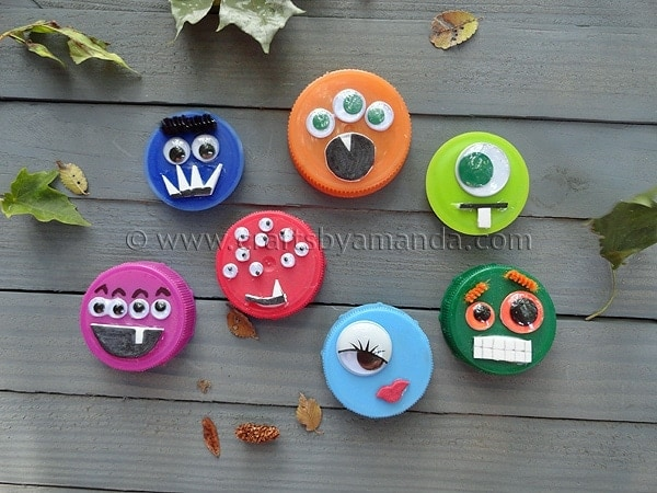 halloween ideas for kids: plastic lid monsters