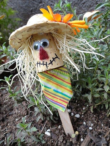 Craft Stick Scarecrows - Crafts by Amanda  Craft Stick Sca...