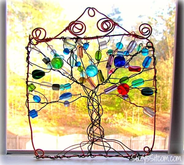 suzys wire wrapped tree suncatcher