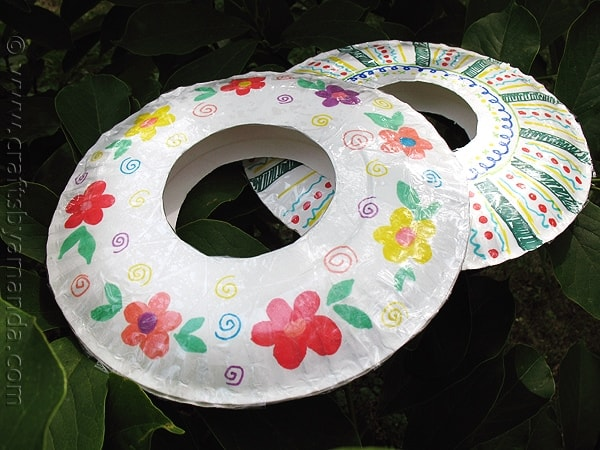 Paper Plate Frisbees : paper plate toddler crafts - pezcame.com