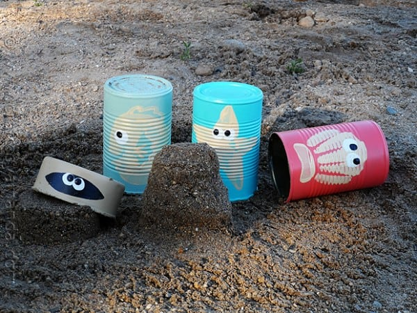 Starfish, fish, clam and seashell sand castle cans from craftsbyamanda.com