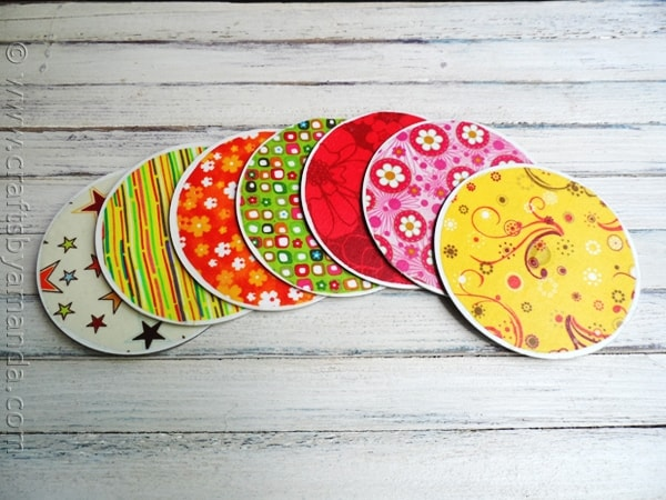 These recycled CD coasters were really easy to make and I think the results are fabulous.