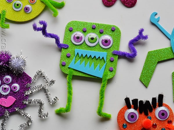 glitter foam monsters GREEN - CraftsbyAmanda.com