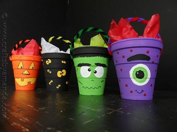 Halloween Treat Cups - CraftsbyAmanda.com