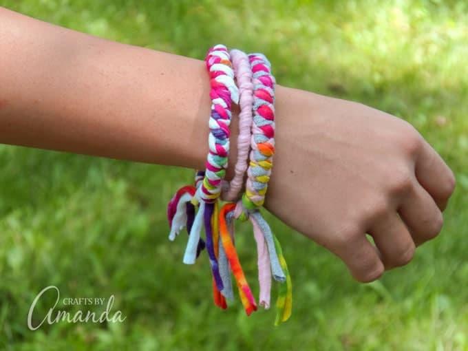 A great wearable recycled craft idea for teenagers and preteens! T-shirt Bracelets.