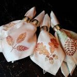 Thanksgiving Napkins: Glitter Leaves and Acorns