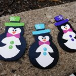 Painted Wood Penguins - CraftsbyAmanda.com