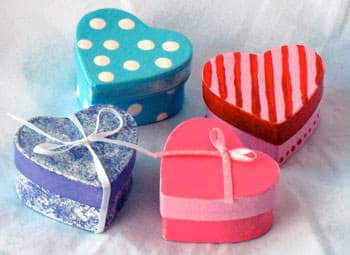 Valentine's Day crafts for kids - Pretty Heart Boxes