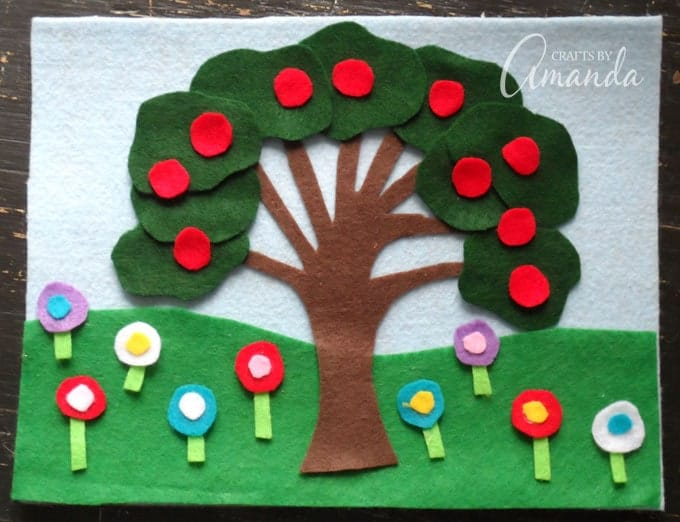 This felt board craft is great for anyone, no matter where you live. If you are in a warm climate where snow never falls, simply adjust the foliage and plant life pieces that you create to reflect that.
