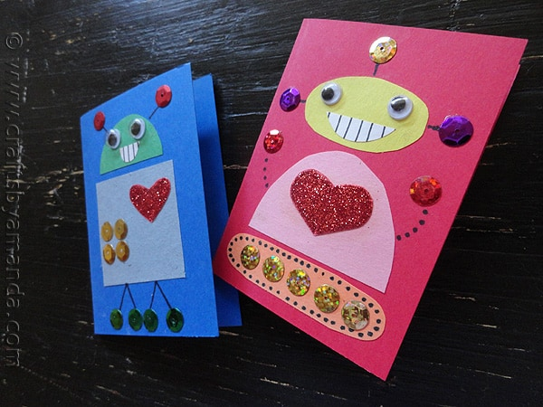 Make cute Robot Valentines from CraftsbyAmanda.com on Upcycle Fever