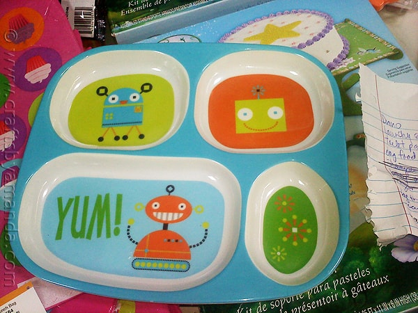 The plate that inspired the cute Robot Valentines from CraftsbyAmanda.com @amandaformaro