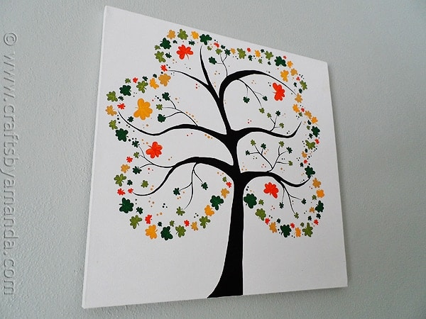 Shamrock Crafts: Shamrock Tree on Canvas by CraftsbyAmanda.com @amandaformaro