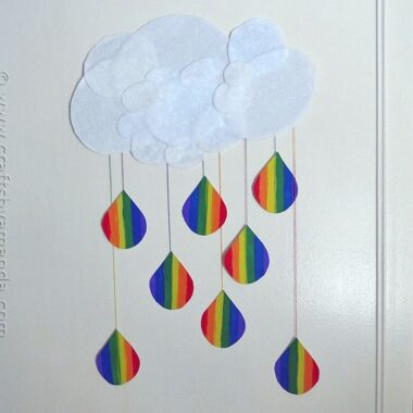 Rainbow Crafts: Cloud and Rainbow Raindrops from CraftsbyAmanda.com @amandaformaro