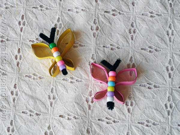 Butterfly Craft from cardboard tubes and beads - from CraftsbyAmanda.com @amandaformaro