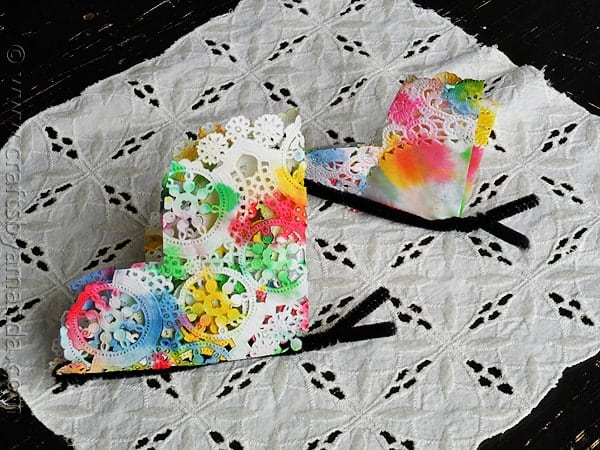 Paper Doily Butterfly Craft from CraftsbyAmanda.com @amandaformaro