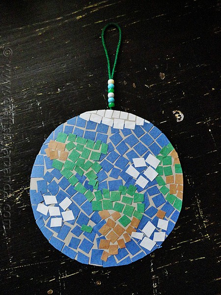 Earth Day Craft: Mosaic Earth by CraftsbyAmanda.com @amandaformaro