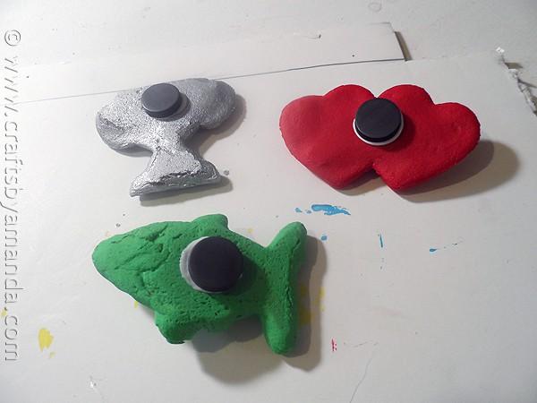 Salt Dough Father's Day Magnets by CraftsbyAmanda.com @amandaformaro