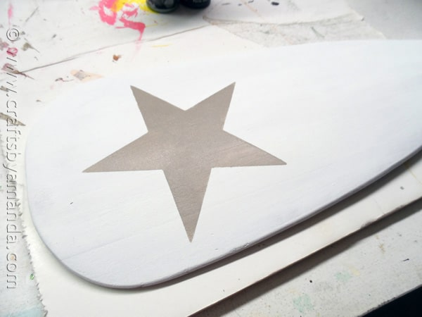 Pottery Barn Inspired Weathered Painted Oar by CraftsbyAmanda.com @amandaformaro