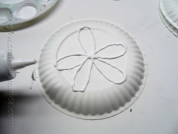 Paper Plate Sand Dollars by CraftsbyAmanda.com @amandaformaro
