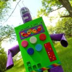 Duck Tape Recycled Robot by @amandaformaro - CraftsbyAmanda.com