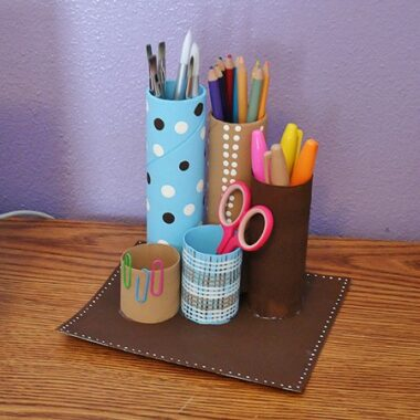 Recycled Cardboard Tube Desk Caddy - @amandaformaro CraftsbyAmanda.com