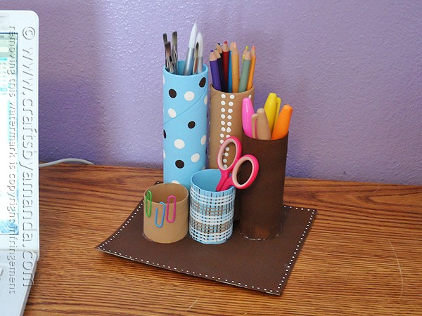 Recycled cardboard tube desk caddy crafts by amanda for Easy recycling ideas