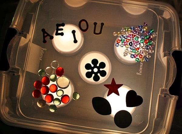 Make a Light Box for your kids! @amandaformaro Crafts by Amanda
