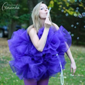 This shower pouf costume is great for girls or any age. It's a unique and fun costume that will be the hit of any Halloween party!