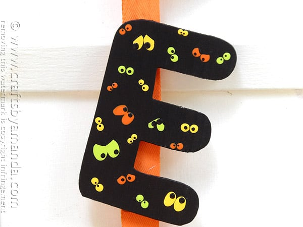 Eek Door Banner for Halloween by @amandaformaro Crafts by Amanda