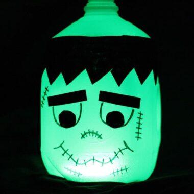 Glow in the Dark Frankenstein Milk Jug by @amandaformaro - Crafts by Amanda