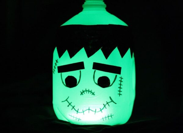 Glow in the Dark Frankenstein Milk Jug by @amandaformaro - Crafts by Amanda