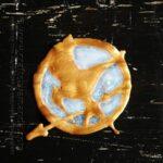 Glittering Mockingjay Emblem Craft @amandaformaro Crafts by Amanda
