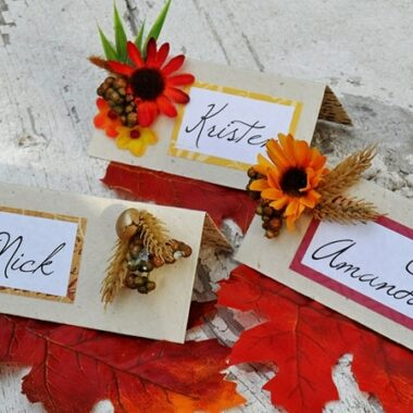 Thanksgiving Place Card Craft @amandaformaro Crafts by Amanda