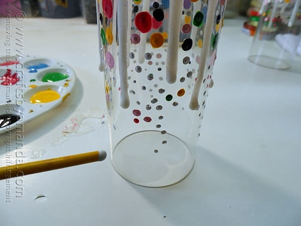 painting the champagne glasses