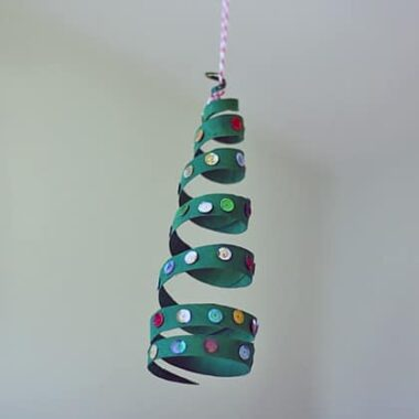 Cardboard Tube Coiled Christmas Tree @amandaformaro Crafts by Amanda