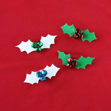 Duct Tape Holly Berry Pins by @amandaformaro Crafts by Amanda
