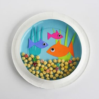 Paper Plate Aquarium @amandaformaro Crafts by Amanda