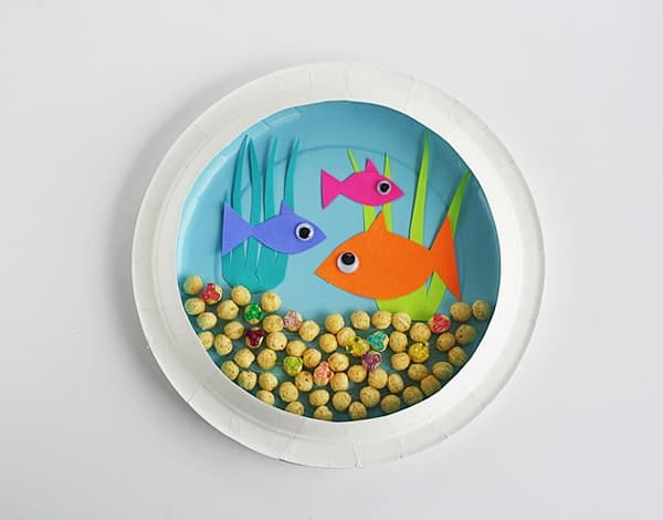 Paper Plate Aquarium - Crafts by Amanda