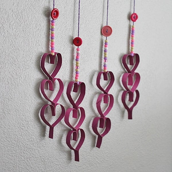Cardboard Tube Dangling Hearts Amandaformaro Crafts By Amanda