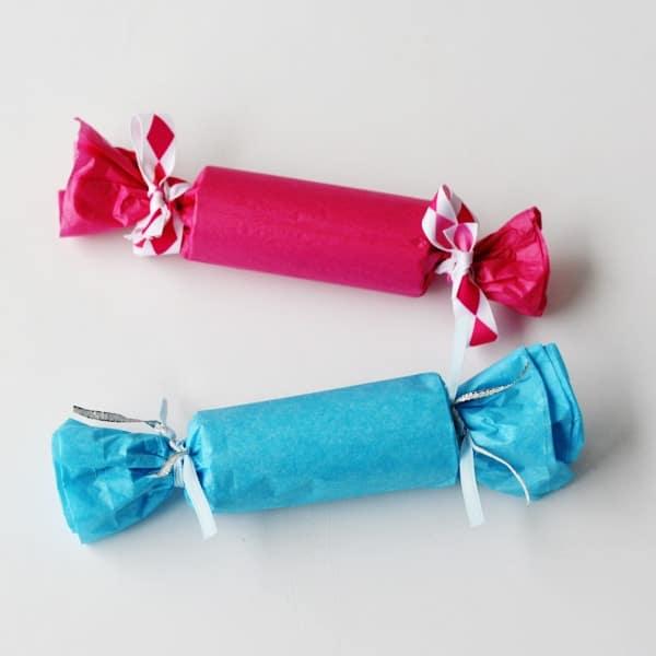 Preschool Valentine Party Crackers @amandaformaro Crafts by Amanda