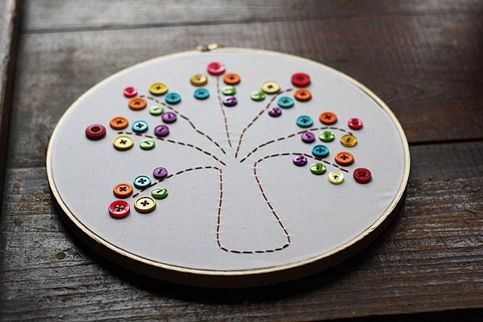 Embroidery Hoop Rainbow Tree using buttons
