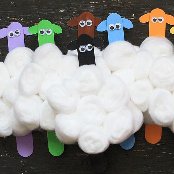 Colorful Flock of Craft Stick Sheep @amandaformaro Amanda's Cookin'