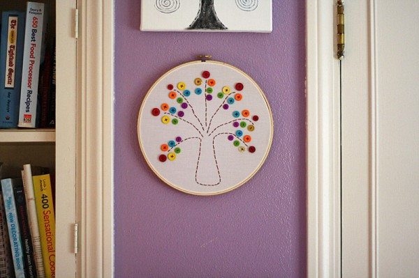 Embroidery Hoop Rainbow Tree @amandaformaro Crafts by Amanda