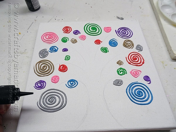 Swirl Tree on Canvas by @amandaformaro Crafts by Amanda