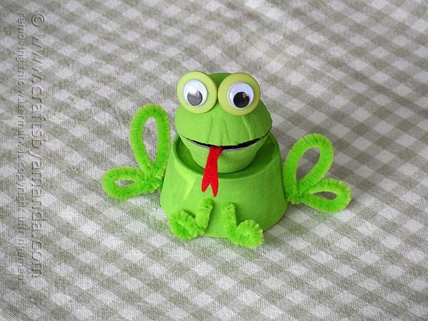 green egg box egg carton frog crafts by amanda
