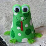 Foam Cup Frog Craft