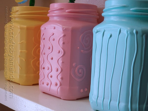 I'm loving the way these recycled jelly jars look! What a cool effect!